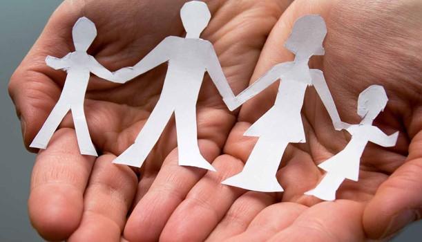 Restrizioni Covid-19: i genitori separati possono uscire per andare dai figli