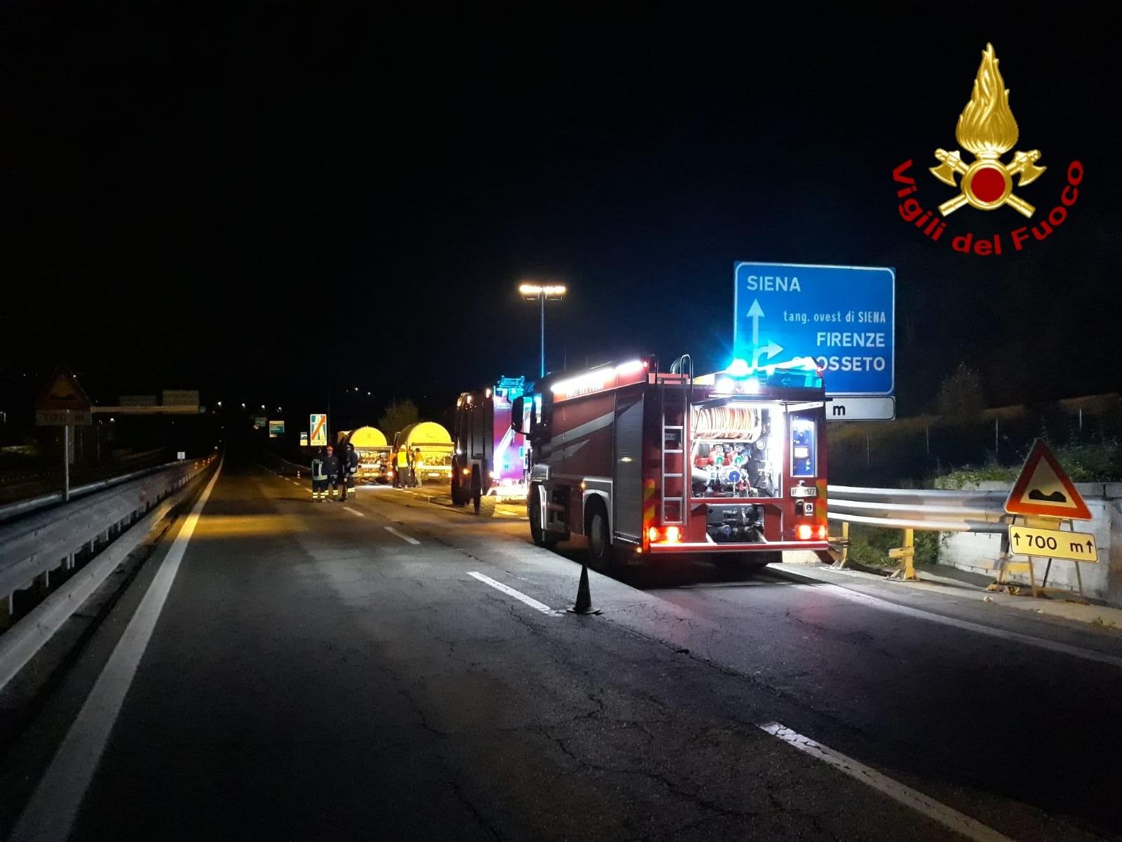 In corso il travaso di Gpl sulla Siena Bettolle chiusa al traffico