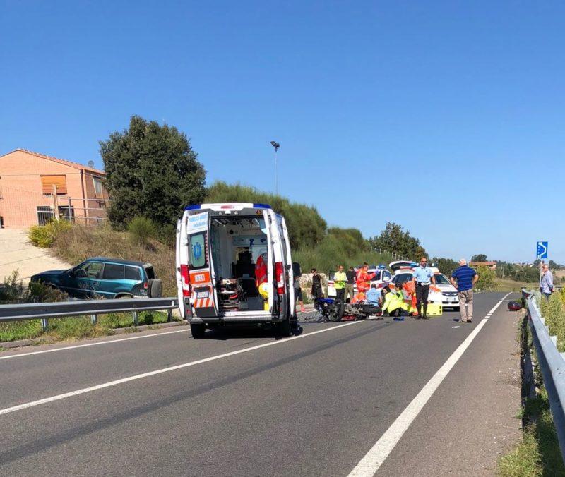 Schianto tra moto e jeep sulla bretella tra Isola d'Arbia e Renaccio