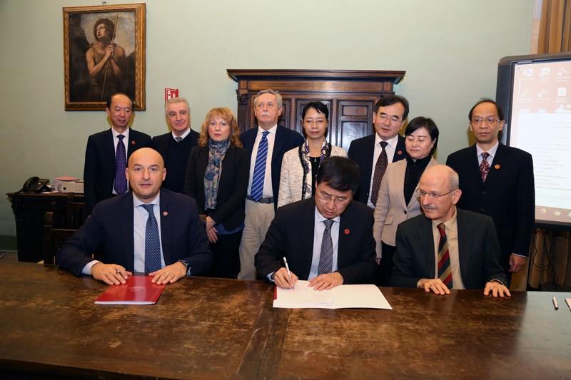 Aou Senese, cooperazione internazionale con la Cina