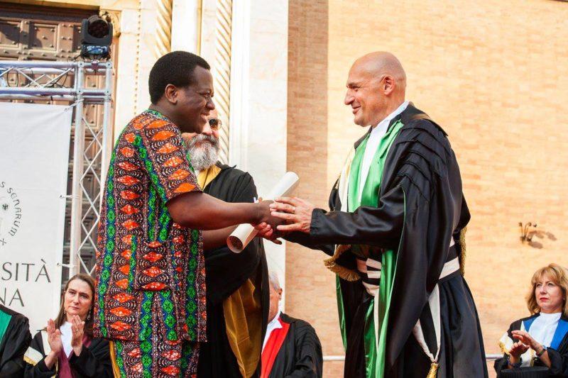 L'associazione laureati Unisi raccoglie fondi per un borsa di studio in memoria di Marc Tossou Assiogbon