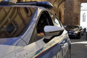 pestaggio moglie polizia