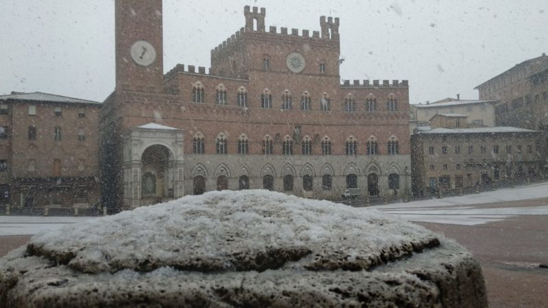 Emergenza neve: chiuse già 5 strade