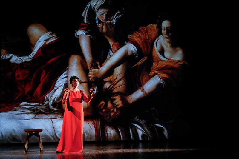 """Domani al Teatro dei Rozzi la prima nazionale de """"Il viaggio di Artemisia"""""""
