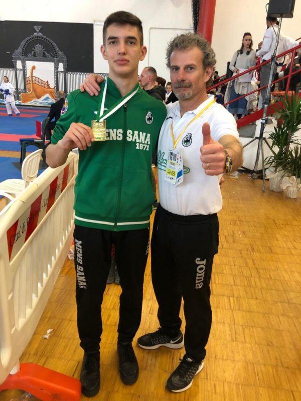 Polisportiva Mens Sana, Banfi trionfa nell'Open di Toscana di Karate