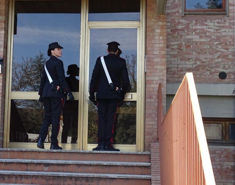 Fabrizio Corona di nuovo nei guai, festa a casa durante i domiciliari