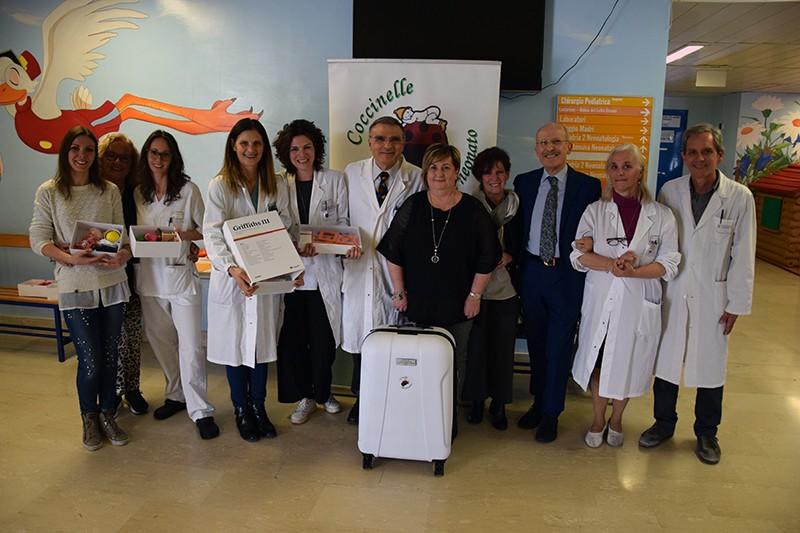 Associazione Coccinelle dona uno strumento innovativo per valutare lo sviluppo cognitivo dei neonati prematuri e post-critici
