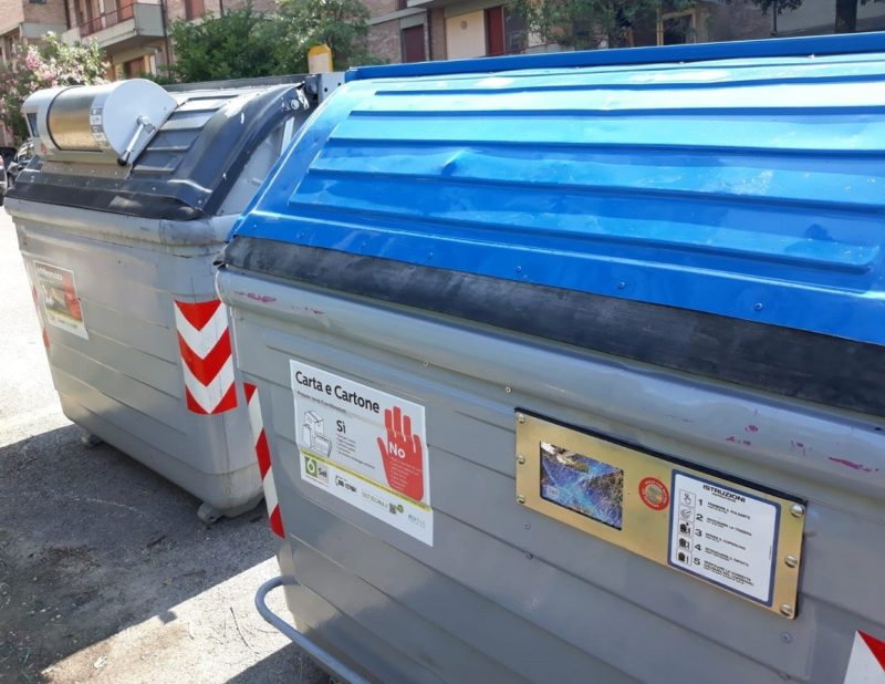 Tutto pronto per il posizionamento dei nuovi cassonetti per i rifiuti ad accesso controllato