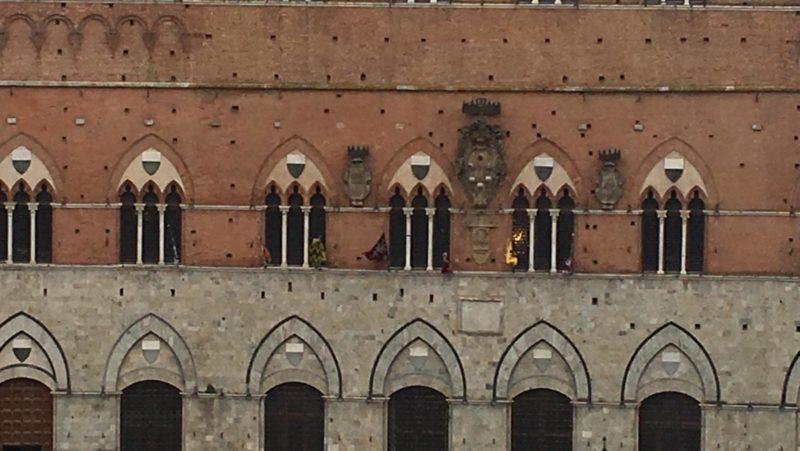 Palio, l'estrazione delle contrade in diretta su Siena Tv