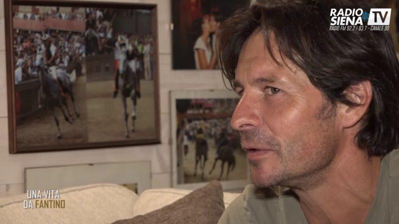 Andrea Mari torna nel Bruco: è di nuovo fantino di contrada