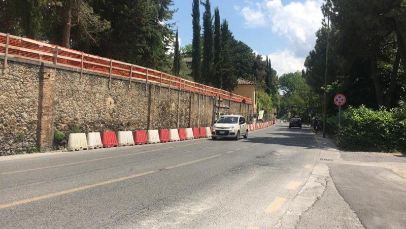 Lavori muro pericolante di Villa Patrizia al rush finale: fra una settimana cantiere chiuso