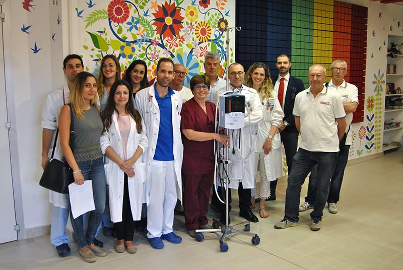 Le associazioni senesi donano innovativo strumento per l'assistenza respiratoria dei bimbi di Pediatria