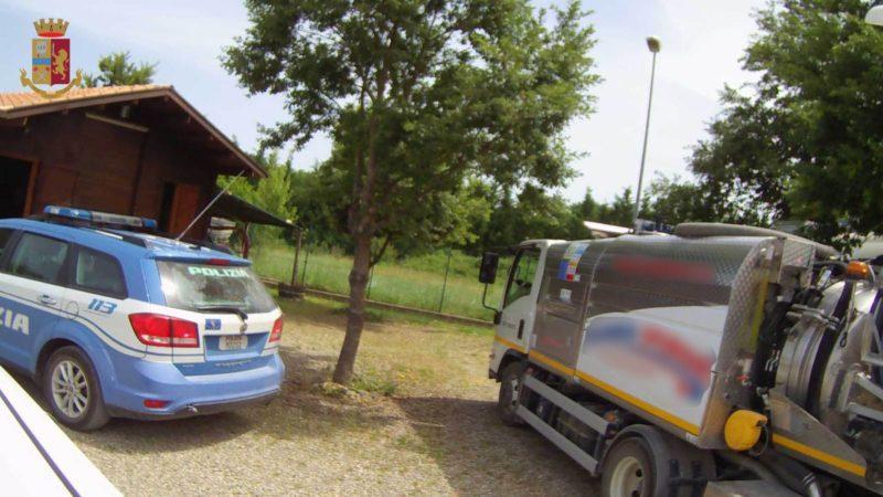 Trasporto non in regola di rifiuti liquidi sull'Autopalio: denuncia e multa salata
