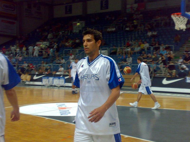 Nikos Zisis torna a Siena e sostiene l'attività di Lilt