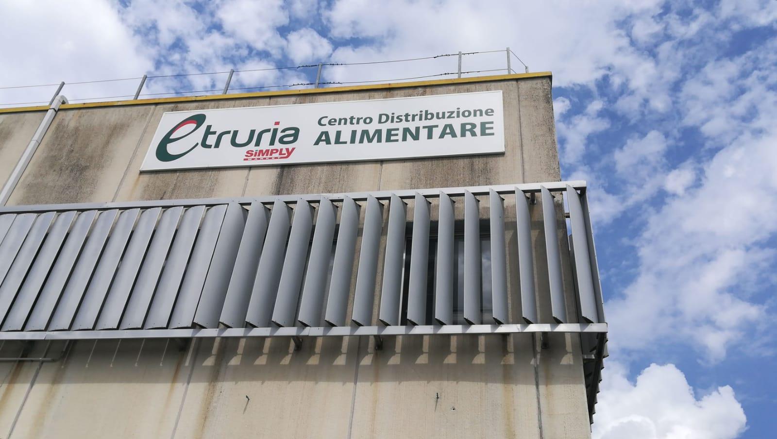 """Conad compra Simply ma a Siena c'è Etruria Retail, nessun rischio per i lavoratori: """"Cambierà solo il nome e l'insegna"""""""