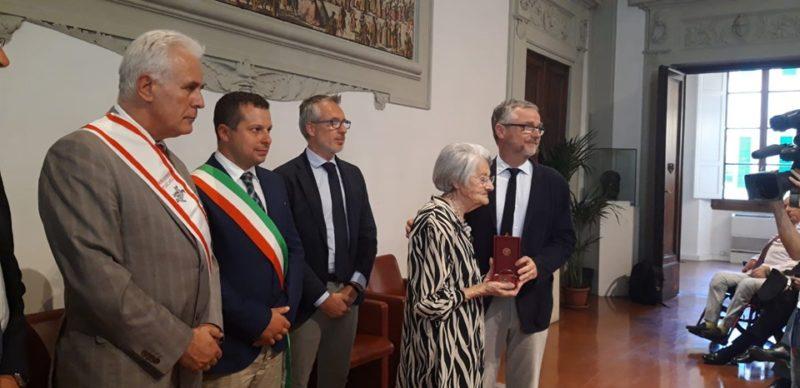 Gonfalone d'Argento alla Legione Carabinieri Toscana, nel ricordo di Vittorio Tassi e Renato Magi