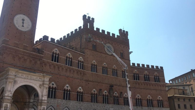 """Palazzo Pubblico, """"check-up"""" a manufatti e paramenti esterni"""