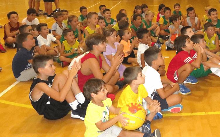 Costone, via ai corsi di minibasket gratuiti per i nati nel 2014