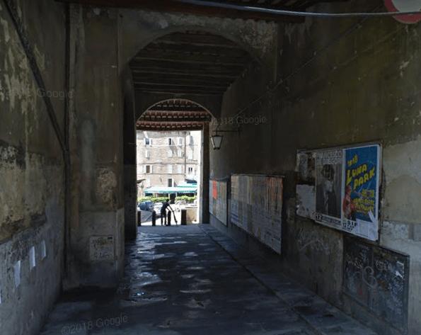 Vicolo di Pescheria, avanza il degrado: via ai lavori di ripristino