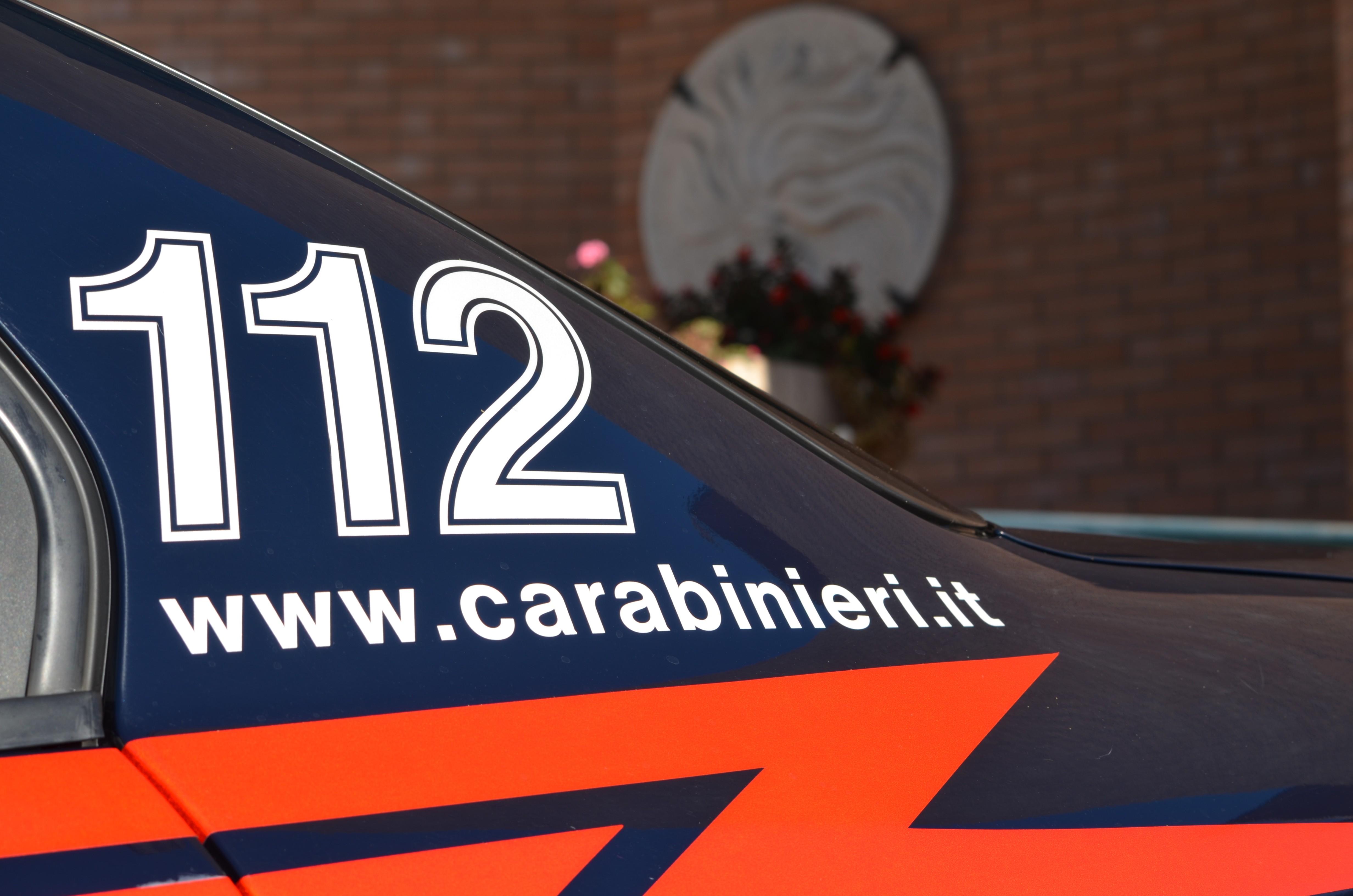 Maltratta moglie e figli: 48enne denunciato dai Carabinieri
