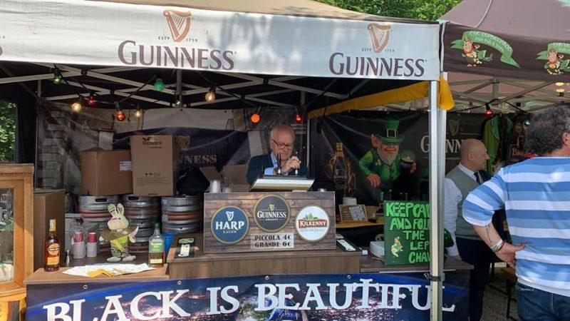 """Stand irlandese tra le """"chicche"""" al """"Mercato Europeo del commercio ambulante"""""""