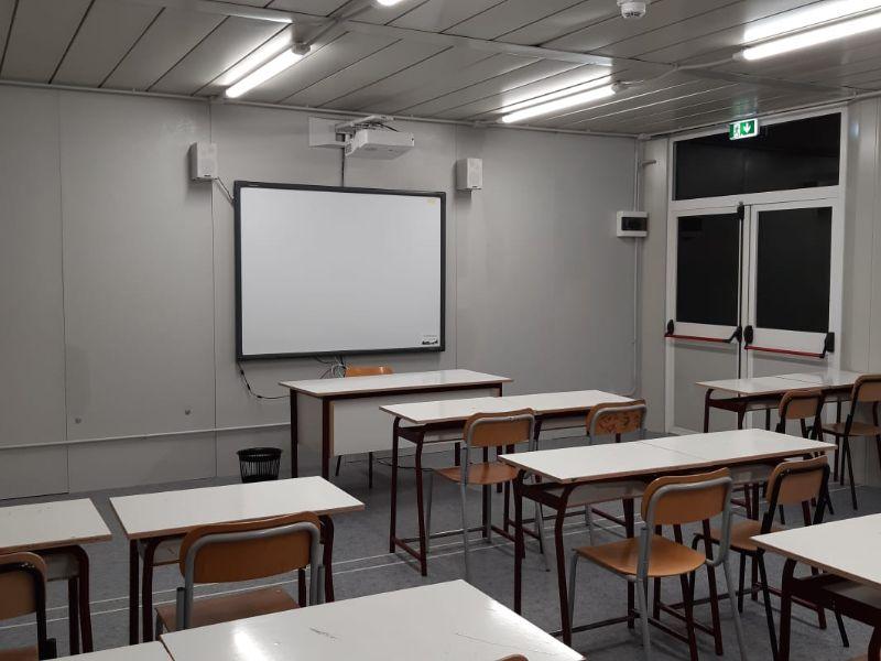 Castelnuovo: alunni nella struttura con moduli prefabbricati