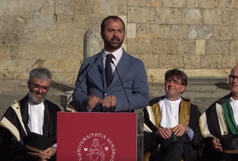 """Al via la """"Siena Summer School on Sustainable Development"""", in cattedra il ministro Lorenzo Fioramonti"""