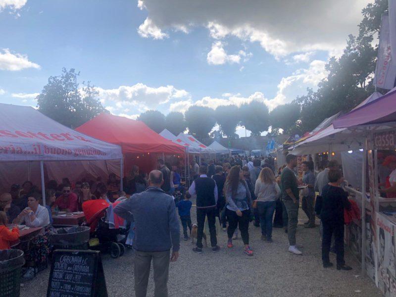 """Domani ultimo giorno a Siena con il """"Mercato Europeo del commercio ambulante"""""""