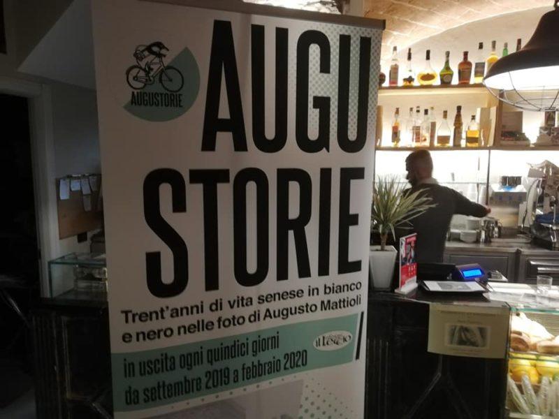 Presentazione del sesto numero di Augustorie al caffè 19&03 in Piazza del Mercato a Siena