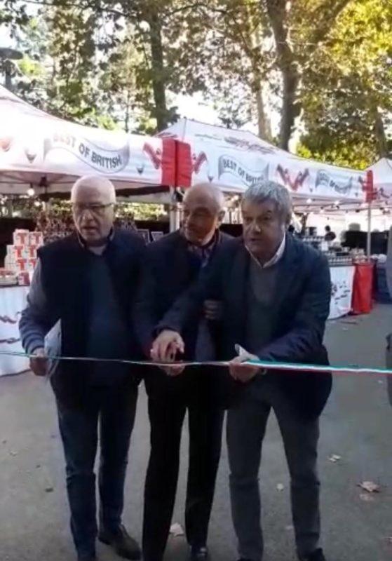 """Ha inizio oggi il """"Mercato Europeo del commercio ambulante"""""""