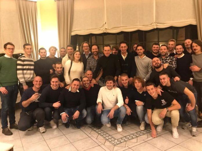 Le diciassette contrade riunite all'aperi-cena dei barbareschi