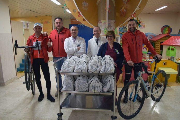 TuscanyGo consegna calze della Befana e doni al Dipartimento della Donna e dei Bambini