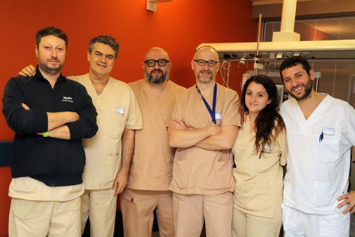 Tumore al seno, alle Scotte primo intervento combinato in Italia di chirurgia robotica e tradizionale