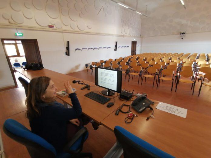 Università di Siena, lezioni virtuali: la prof.ssa Marchettini racconta l'esperienza