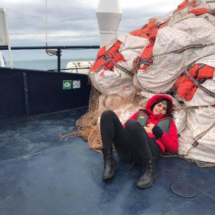 Nave Alan Kurdi, l'unica italiana a bordo è la senese Caterina Ciufegni