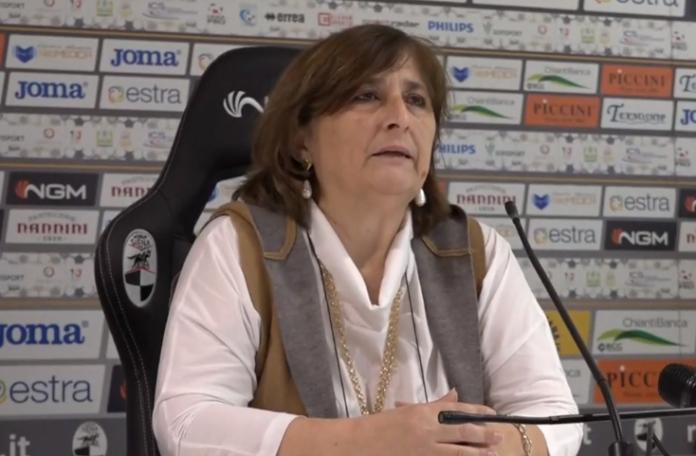 """""""Incubo finale"""": la Robur lascia i professionisti ma il giallo resta"""