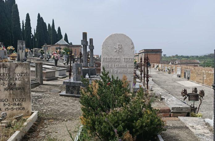 Terminati i lavori alle tombe monumentali della famiglia Caselli e Federigo Tozzi