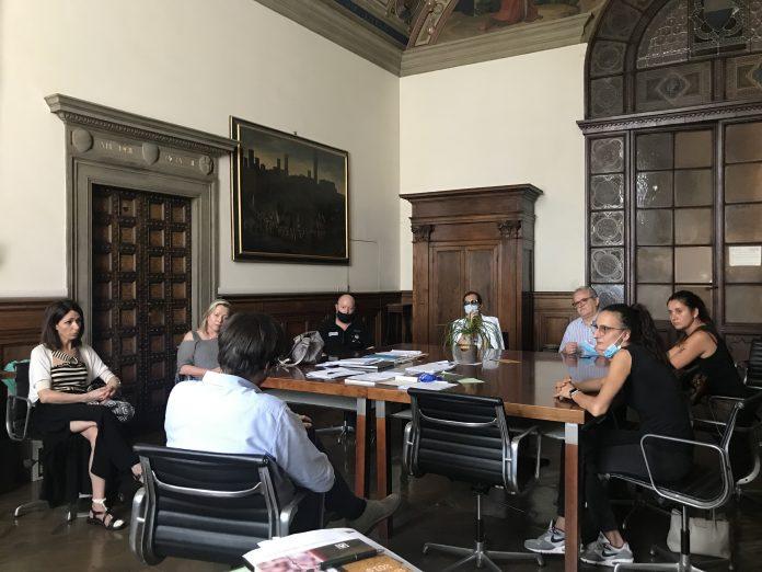 Corsi incontra delegazione di abitanti e commercianti di via Stalloreggi: le strategie del Comune