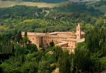 Turismo, eppur si muove: a Montepulciano prime tendenze positive