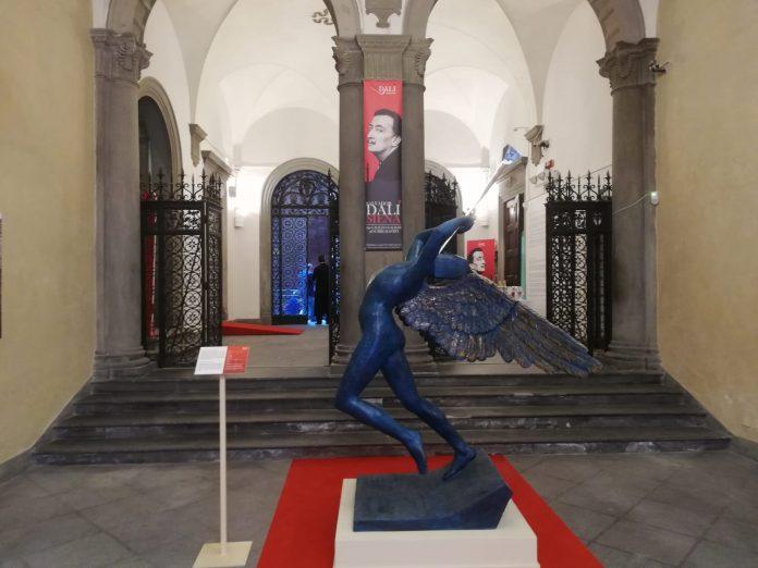 Mostra su Dalì e Surrealismo al Palazzo delle Papesse, numeri positivi nel primo weekend