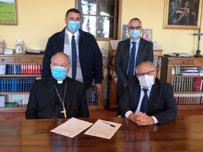 Microcredito di Solidarietà-Diocesi di Montepulciano, Chiusi e Pienza, rinnovato il patto per le persone in difficoltà