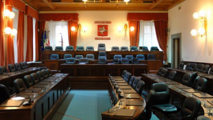 Regione: Mps, rinviata a mercoledì 3 marzo la comunicazione della Giunta e il dibattito dell'aula