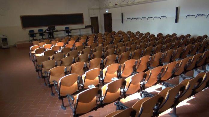Bloccati a Siena senza lezioni in presenza: il racconto degli studenti fuorisede