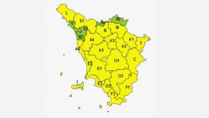Toscana, codice giallo per vento fino a domani sera
