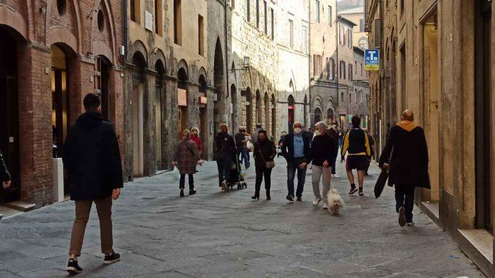 Emergenza Covid, Toscana verso la zona rossa
