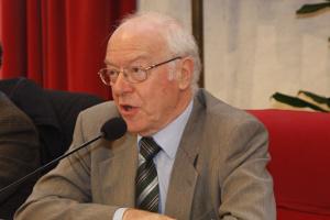 Mario Ascheri dona eccezionale patrimonio di 20mila libri al Comune di Siena
