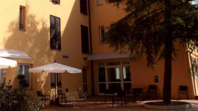 Focolaio RSA Radda in Chianti: 45 ospiti e 15 operatori positivi