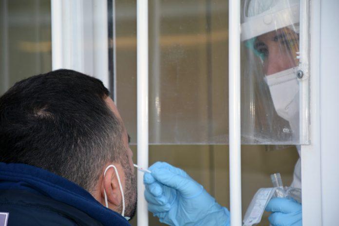 Toscana: oggi 1.972 nuovi casi di Covid