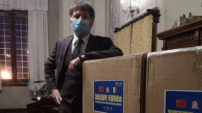 La città di Nantong dona 3mila mascherine Ffp3 al Comune di Siena