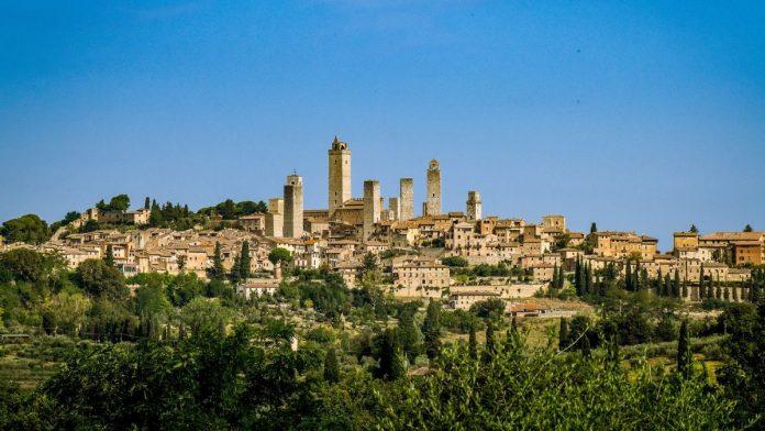 Da questo sabato visite guidate per scoprire la San Gimignano di Dante